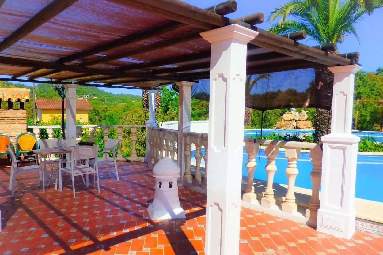 Terrace with swimming pool, Lake house in Cerro Muriano , Córdoba