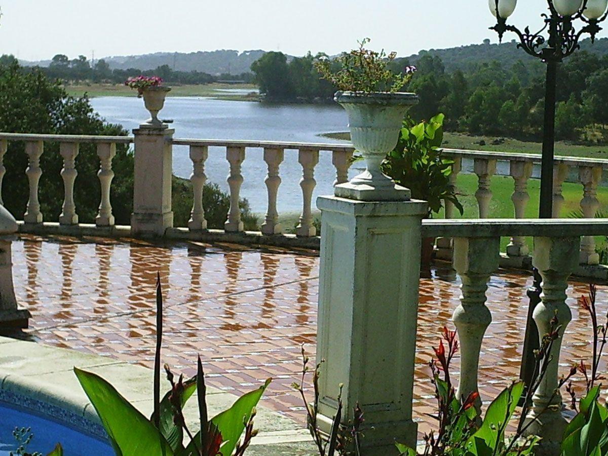 The lake and its surroundings in Córdoba, Cerro Muriano