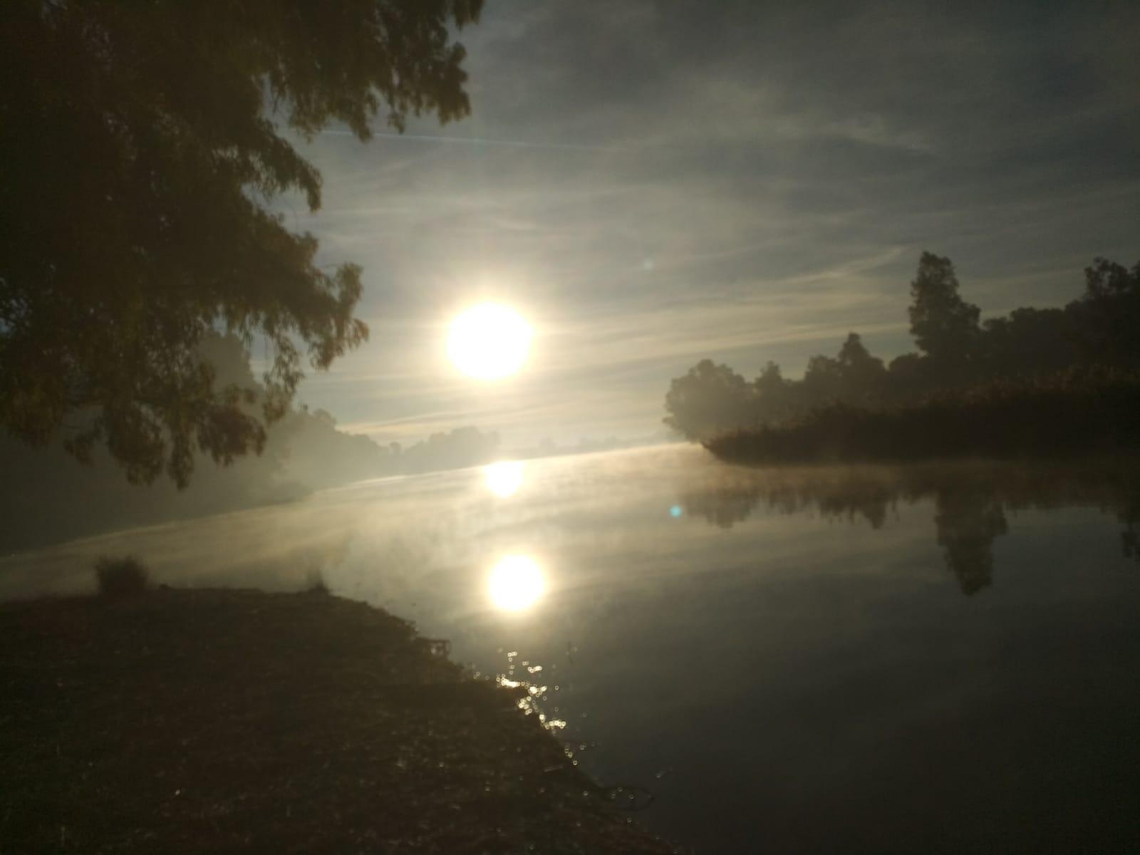 Amanecer en Casas Rurales el Lago