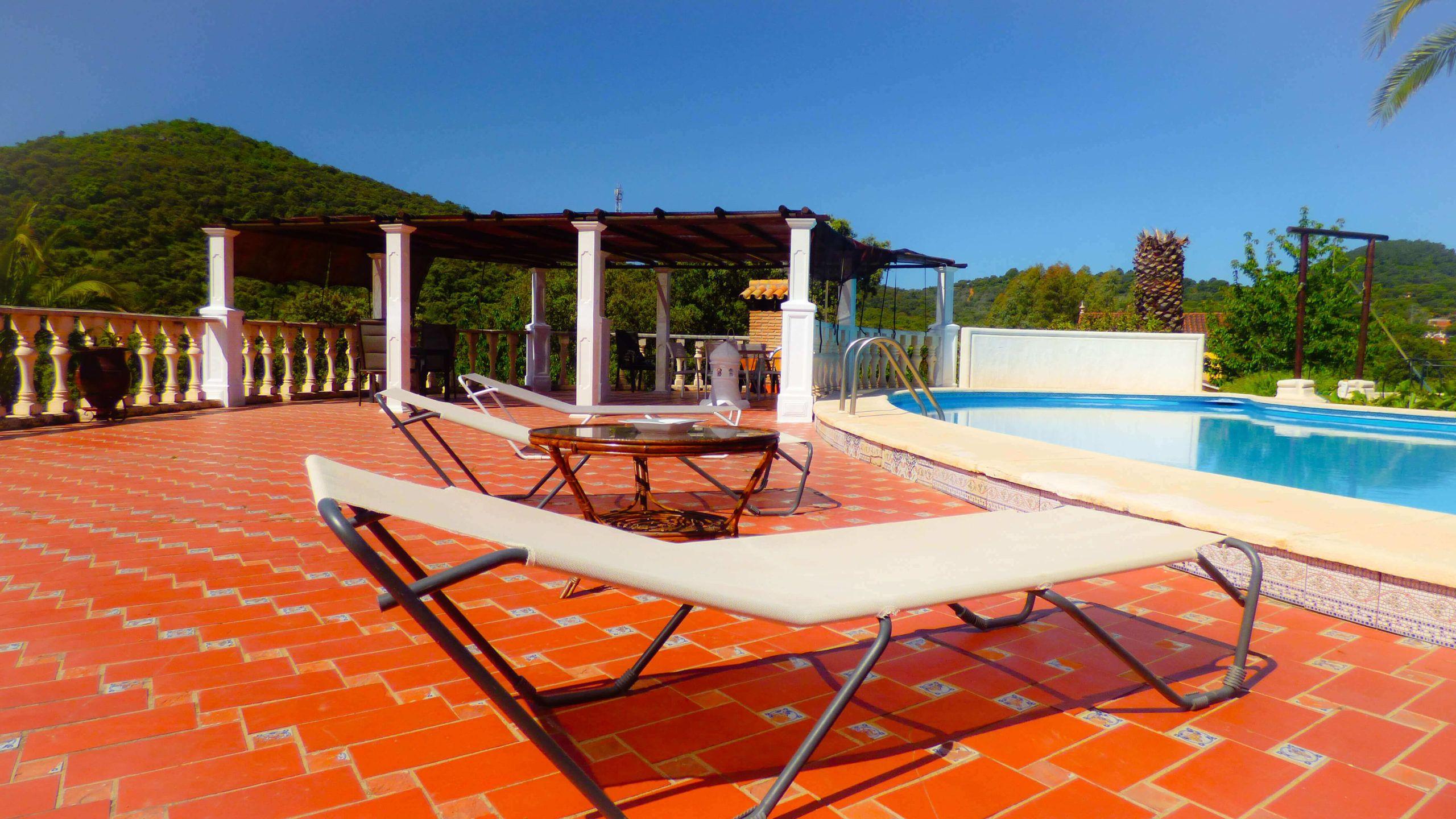 piscina casas rurales el lago
